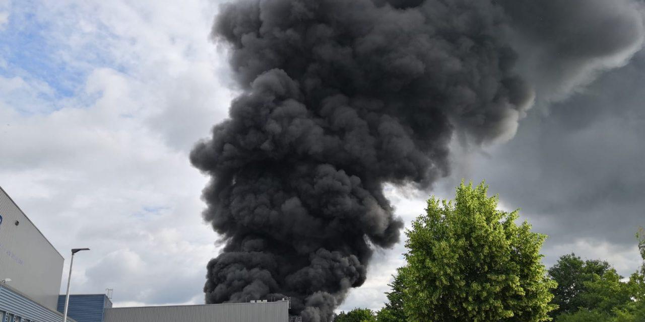 Bad Sobernheim: Großbrand einer Lagerhalle