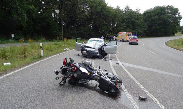 B41/Rötsweiler: 74-jähriger Motorradfahrer stirbt nach Verkehrsunfall